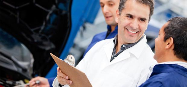 Serviços de manutenção e reparo para revisão de carros na concessionária Chevrolet Ouricar de Ourinhos