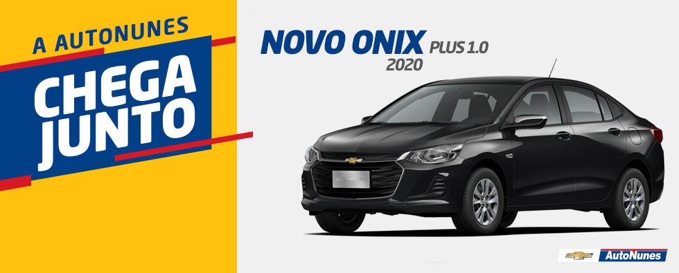 novo-onix-plus-1.0_preto