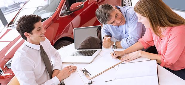 Comprar carro novo ou trocar seminovo consórcio de carros concessionária Chevrolet DGSul