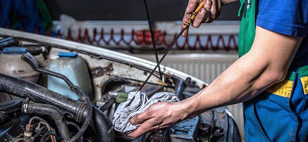 Serviços de manutenção e reparo para revisão de carros na concessionária Chevrolet Metzler