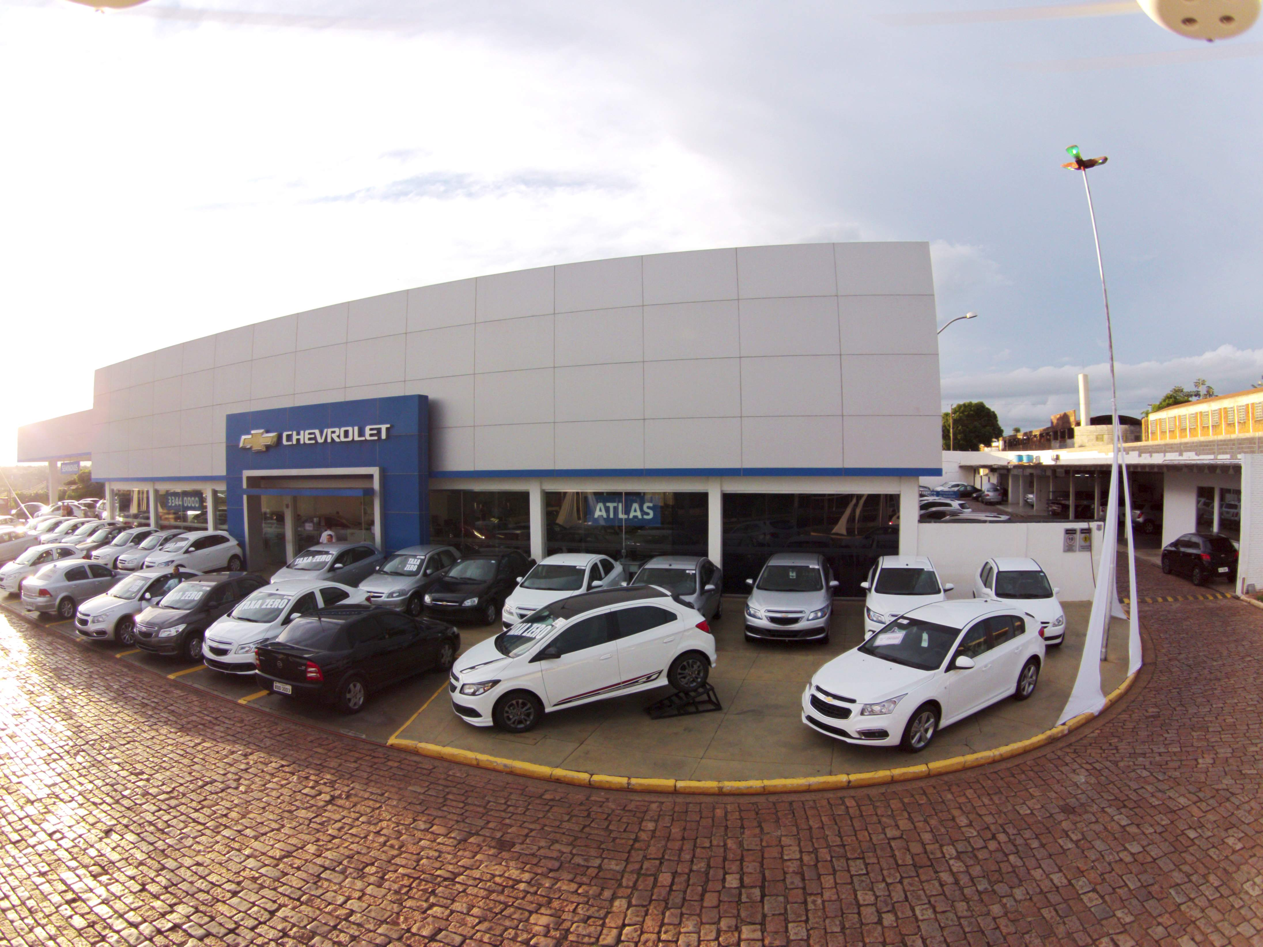 Fachada concessionária Chevrolet Atlas Bebedouro