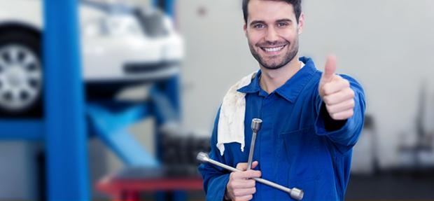 Serviços de manutenção e reparo para revisão de carros na concessionária Chevrolet Lider