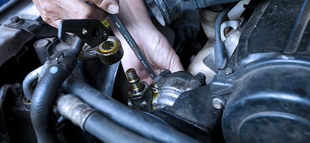 Serviços de manutenção e reparo para revisão de carros na concessionária Chevrolet Sanauto