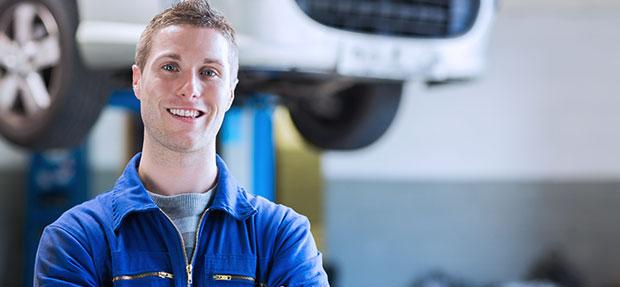 Serviços de manutenção e reparo para revisão de carros na concessionária Chevrolet Sulpave