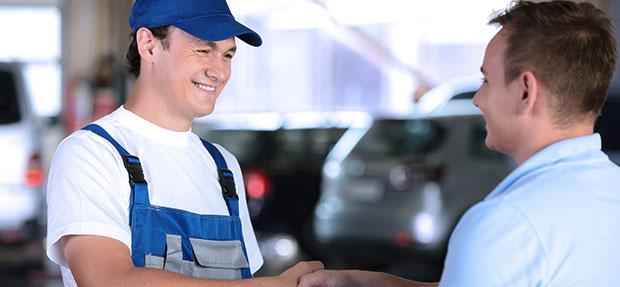Serviços de manutenção e reparo para revisão de carros na concessionária Chevrolet Unidas