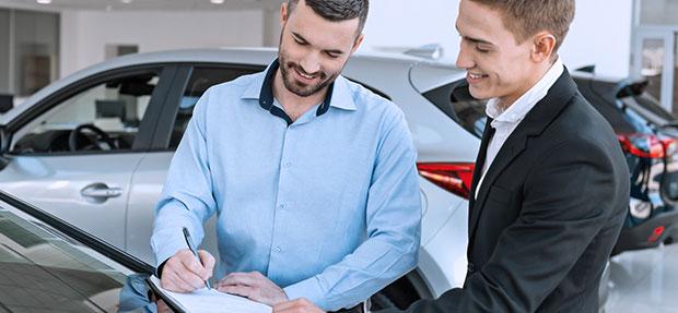 Comprar carro novo ou trocar seminovo consórcio de carros na concessionária Chevrolet Unidas