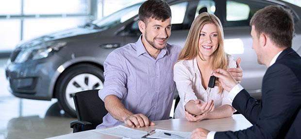Comprar carro novo ou trocar seminovo consórcio de carros na concessionária Chevrolet Apucarana