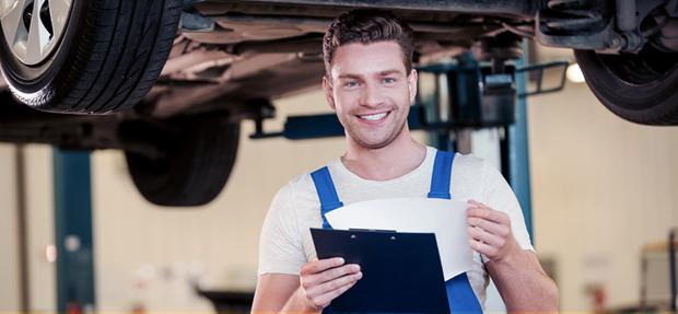 Serviços de manutenção e reparo para revisão de carros na concessionária Chevrolet Graciano
