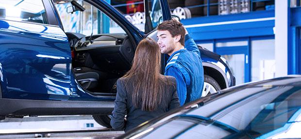 Serviços de manutenção e reparo para revisão de carros na concessionária Chevrolet Dafonte