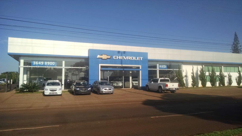 Fachada concessionária Chevrolet Rivel