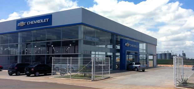 Fachada concessionária Chevrolet West Motors Cerquilho