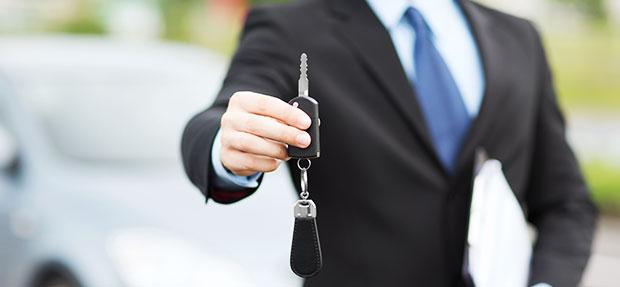 Comprar carro novo ou trocar seminovo consórcio de carros na concessionária Chevrolet Autoshow