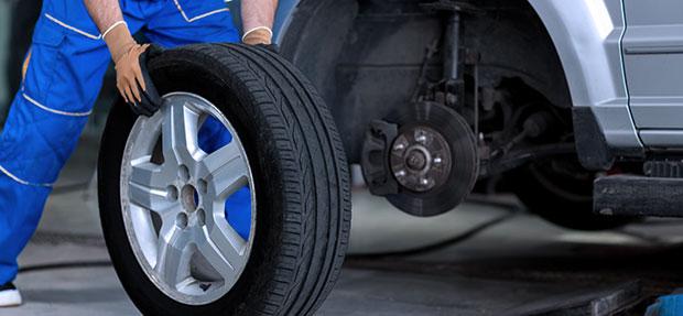 Serviços de manutenção e reparo para revisão de carros na concessionária Chevrolet Autoshow