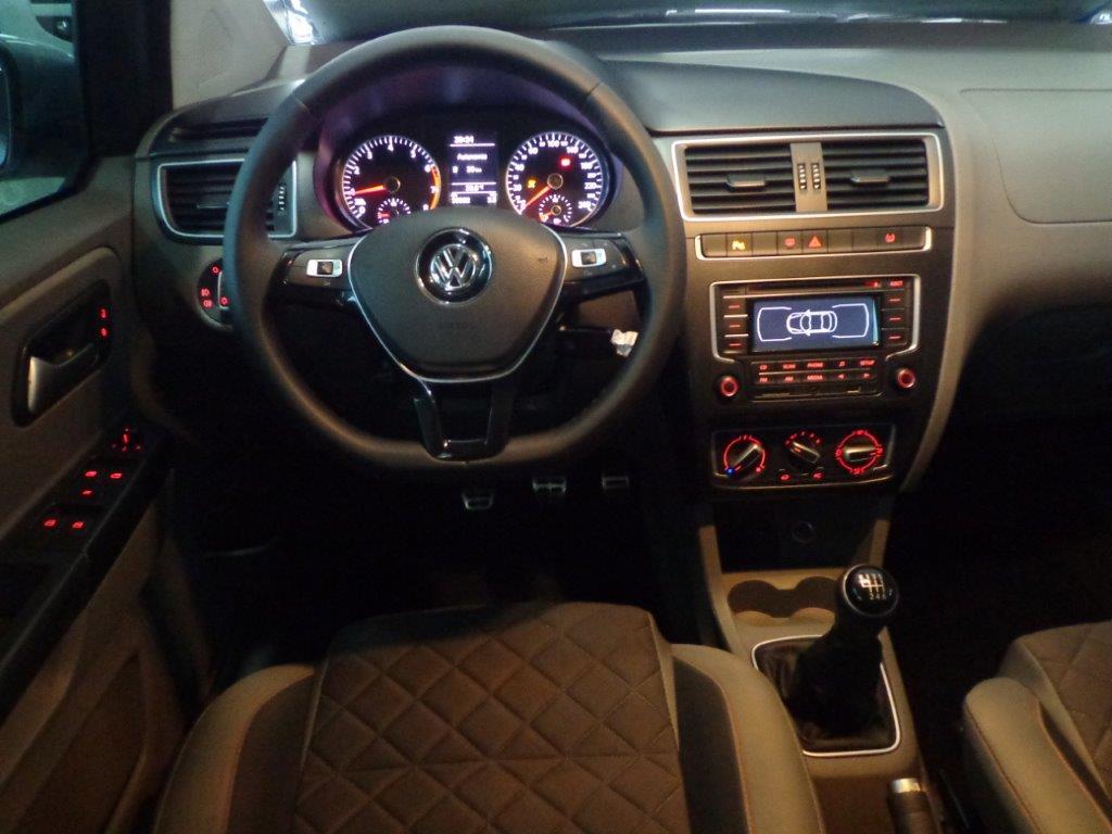 VW NOVO FOX HL MD 1.6 2015