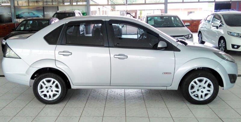 FORD FIESTA 1.6 MPI Sedan 8V 1.6 2013