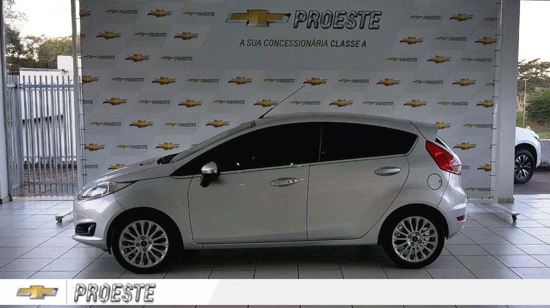 FORD NEW FIESTA TITANIUM 1.6 2016