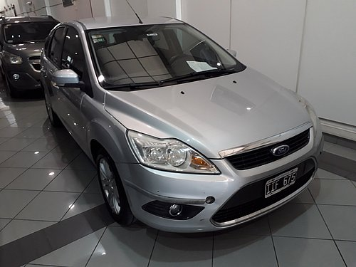 2010 FORD FOCUS TREND 2,0L