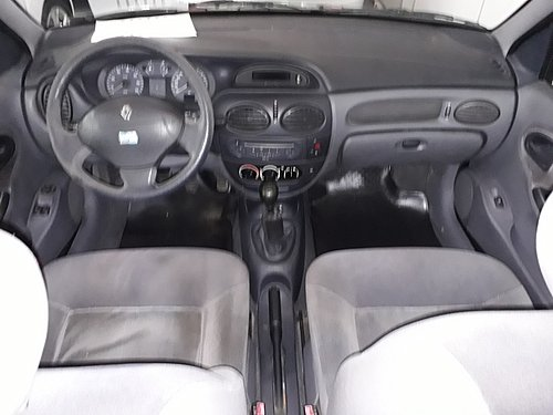2002 RENAULT MEGANE RXE TRI F2 2002 2,0L