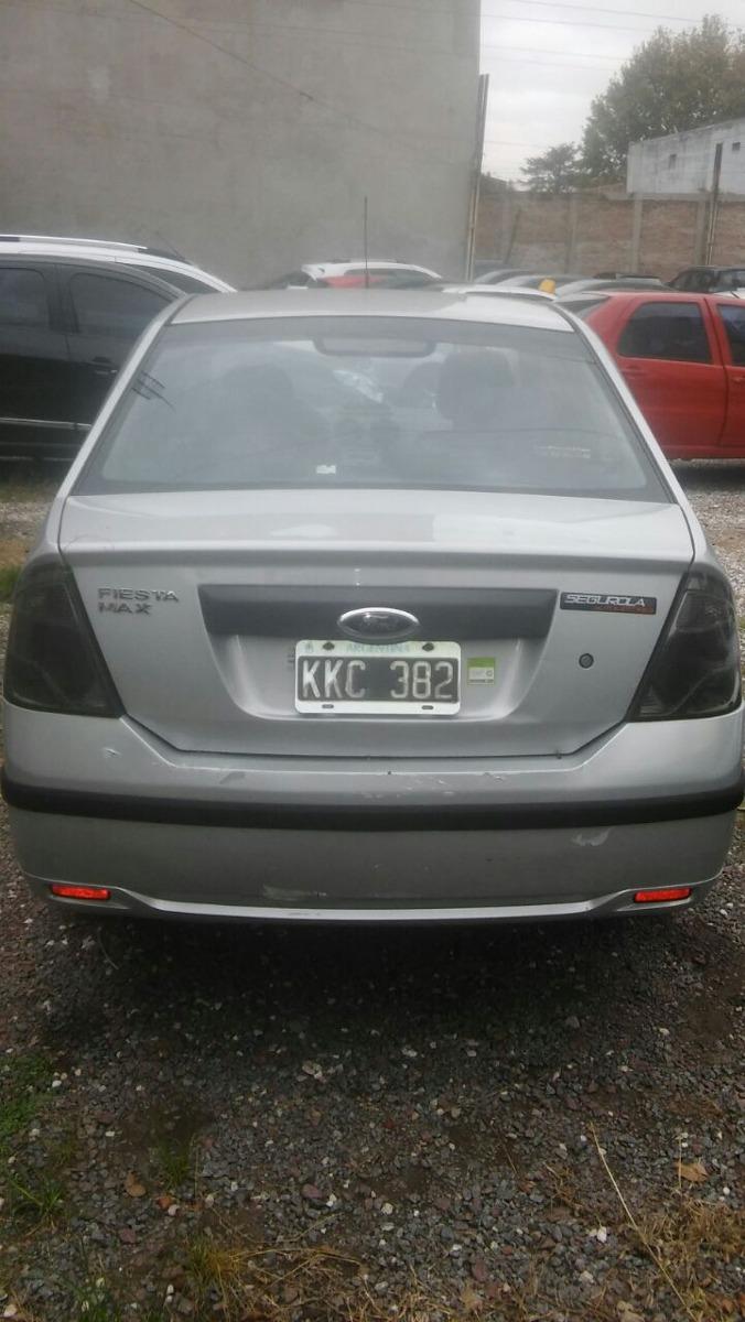 2011 Ford FIESTA MAX 1,6L