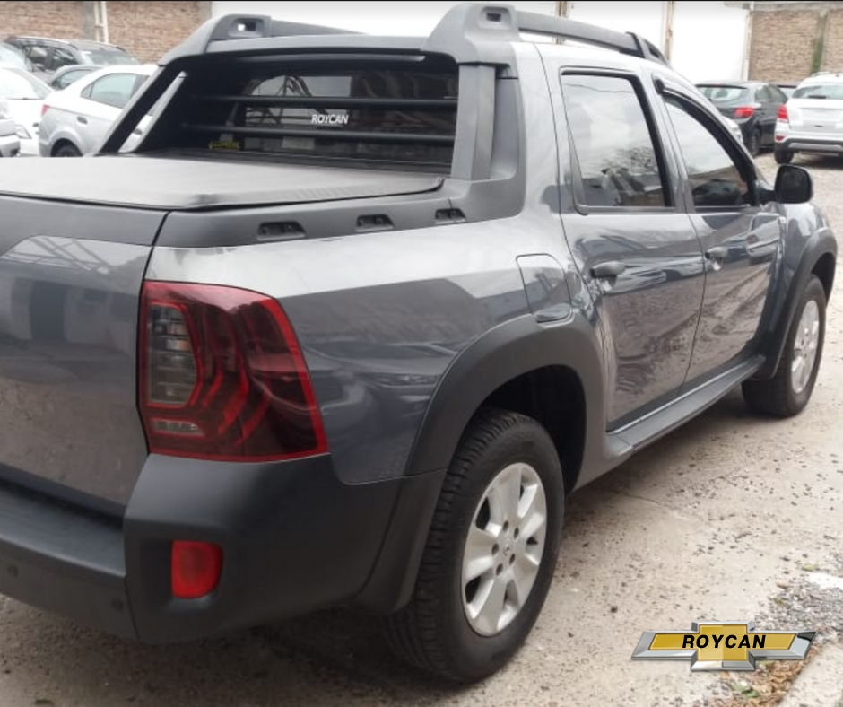 2017 Renault Duster Oroch Outsider Pick Up Cabina Doble 1,6L