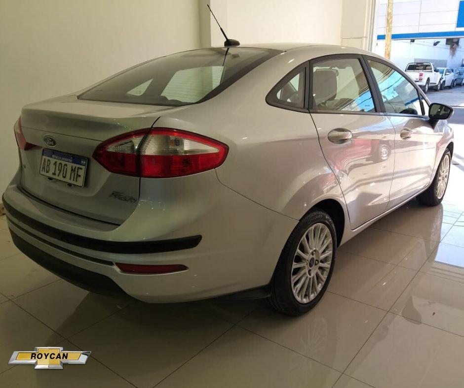 2017 Ford Fiesta SE Plus 4P - Consultar Ubicacion 1,6L