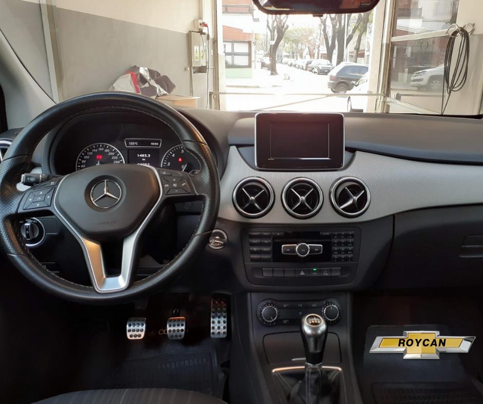 2012 Mercedes Benz B200 A56 Blue Efficiency 5P 1,6L
