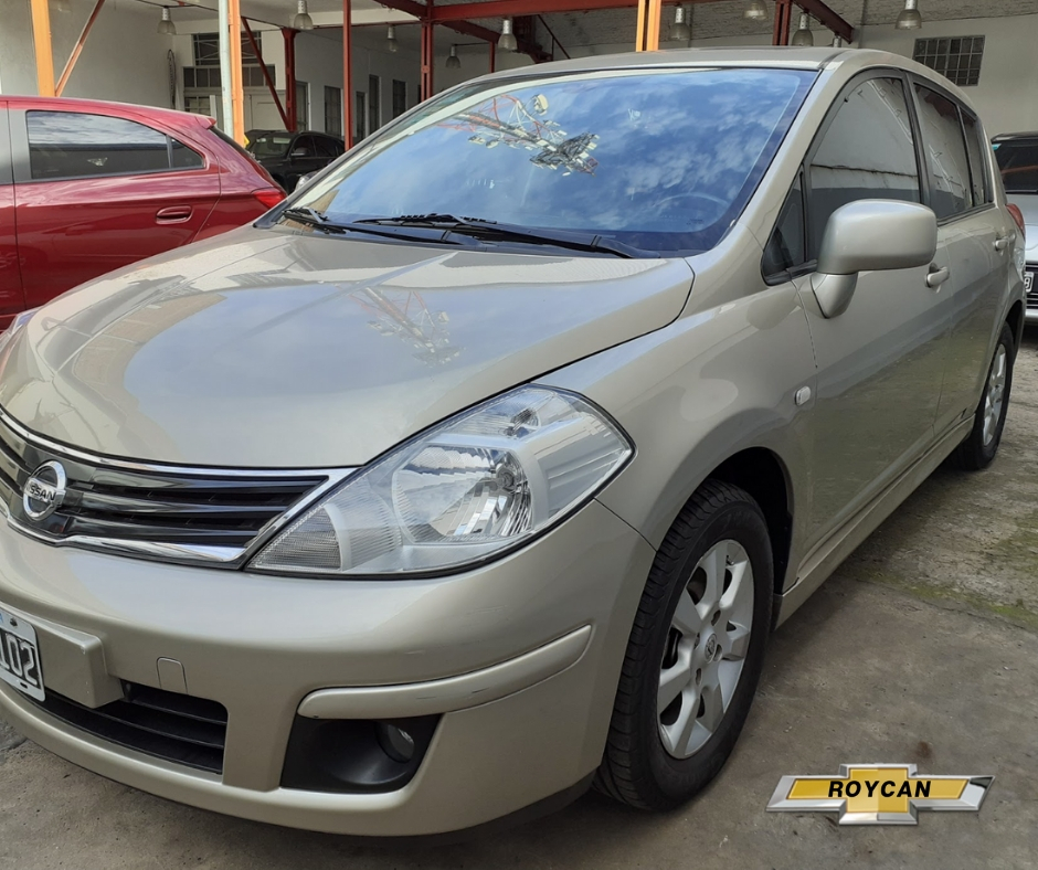 2010 Nissan Tiida TEKNA 5P 1,8L