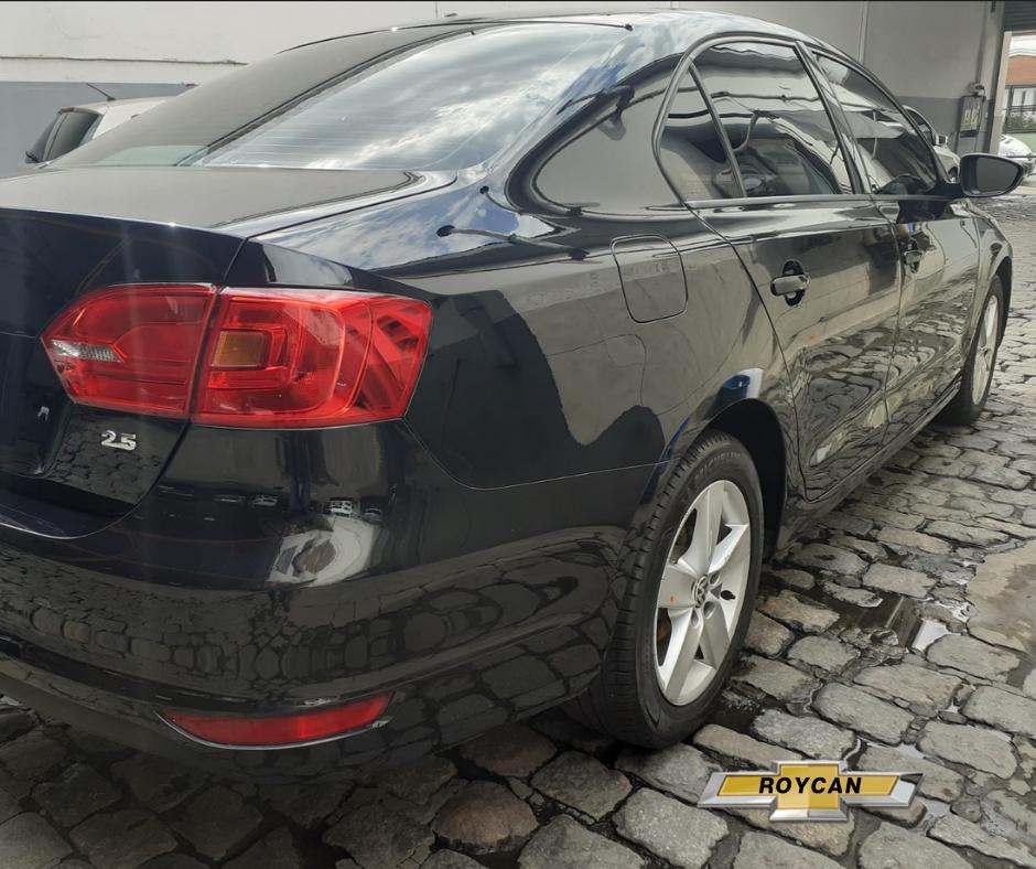2013 Volkswagen Vento Luxury 170HP Techo + Cuero 4P - Consultar Ubicacion 2,5L