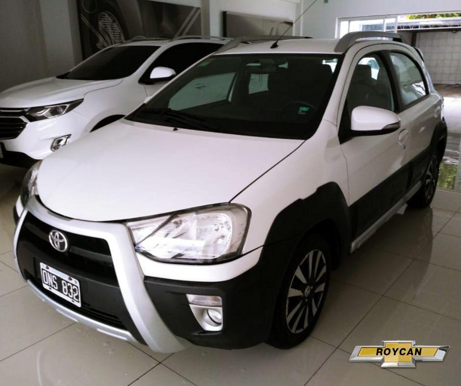 2015 Toyota Etios Cross 5P - Consultar Ubicacion 1,5L