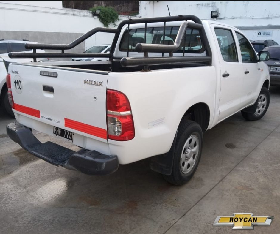 2015 Toyota Hilux DX Cabina Doble Pack Electronico 2,5L