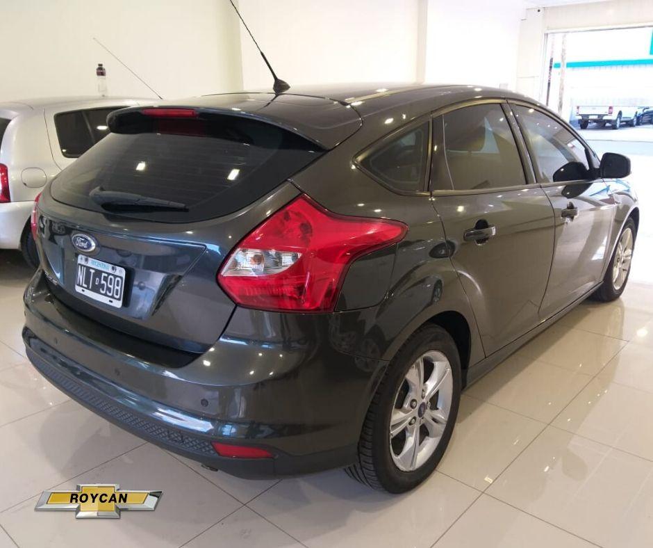2014 Ford Focus 5P - Consultar Ubicacion 1,6L