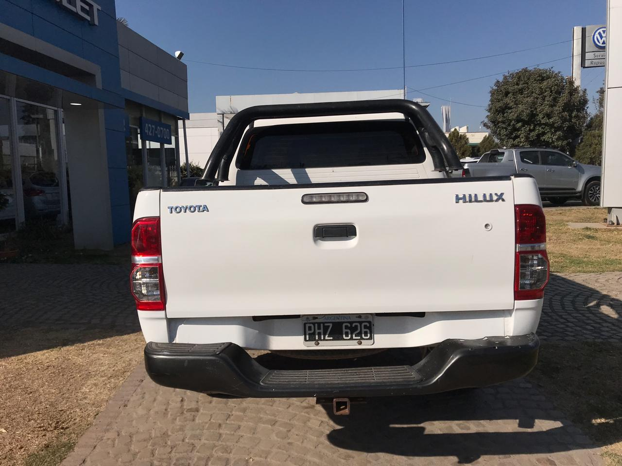 2015 TOYOTA HILUX CD TDI DX 2,5L