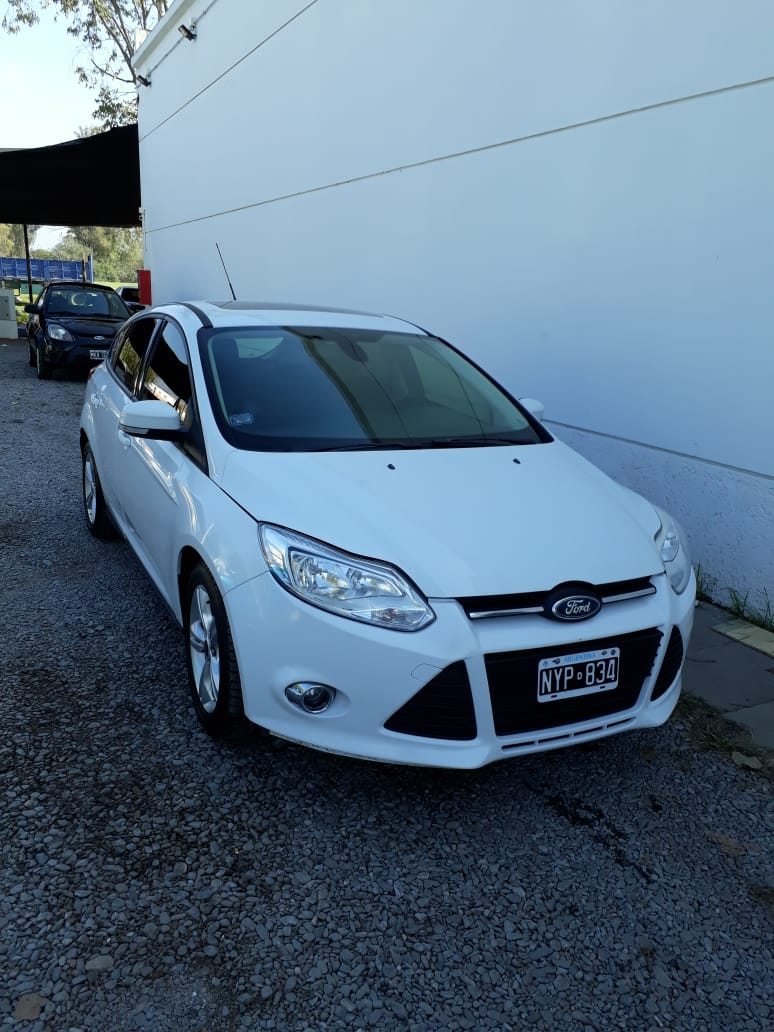 2014 FORD FOCUS SE PLUS 2,0L