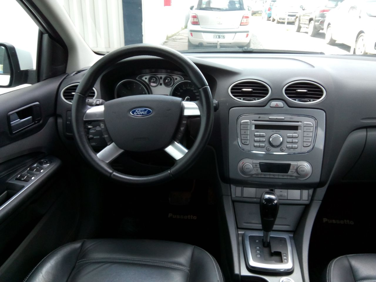 2013 FORD FOCUS EXE GHIA AT 2,0L
