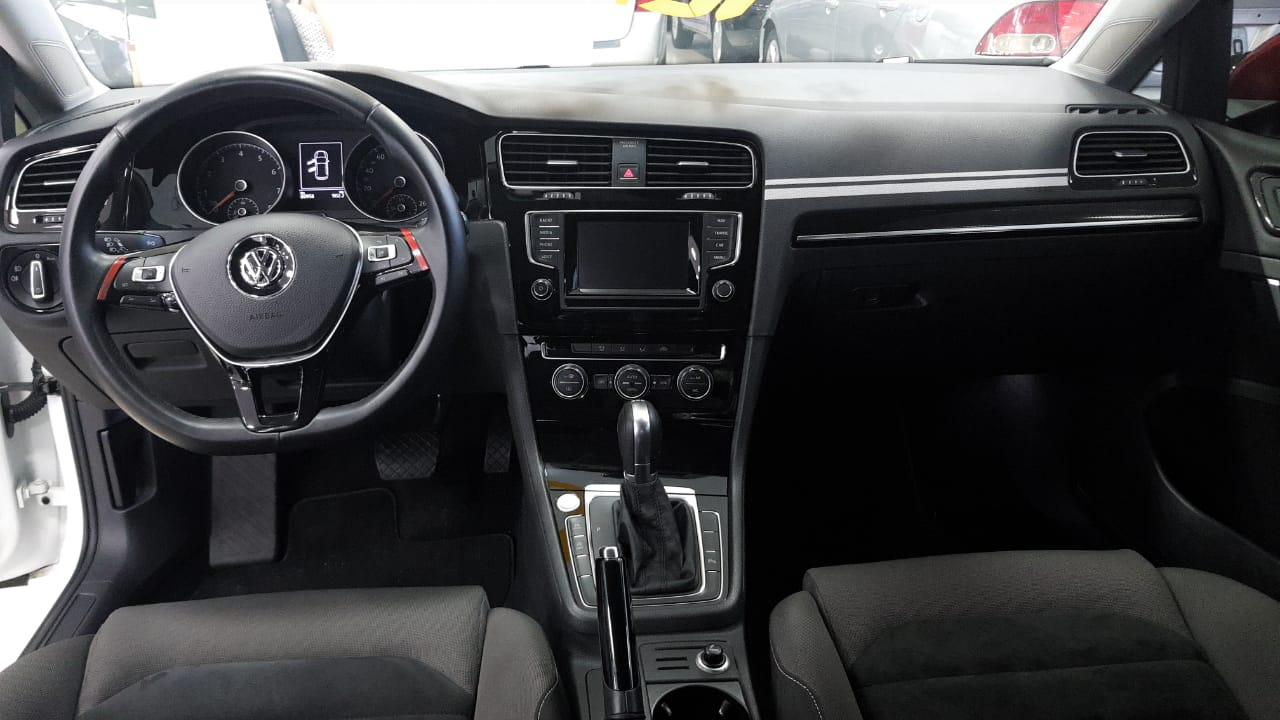 VW Golf HIGHLINE 1.4 2015