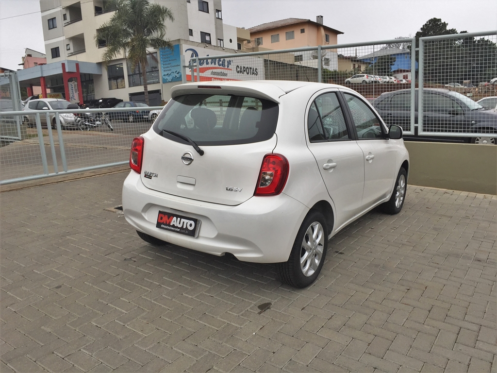 NISSAN MARCH 1.6 SV COMPLETO 1.6 2017