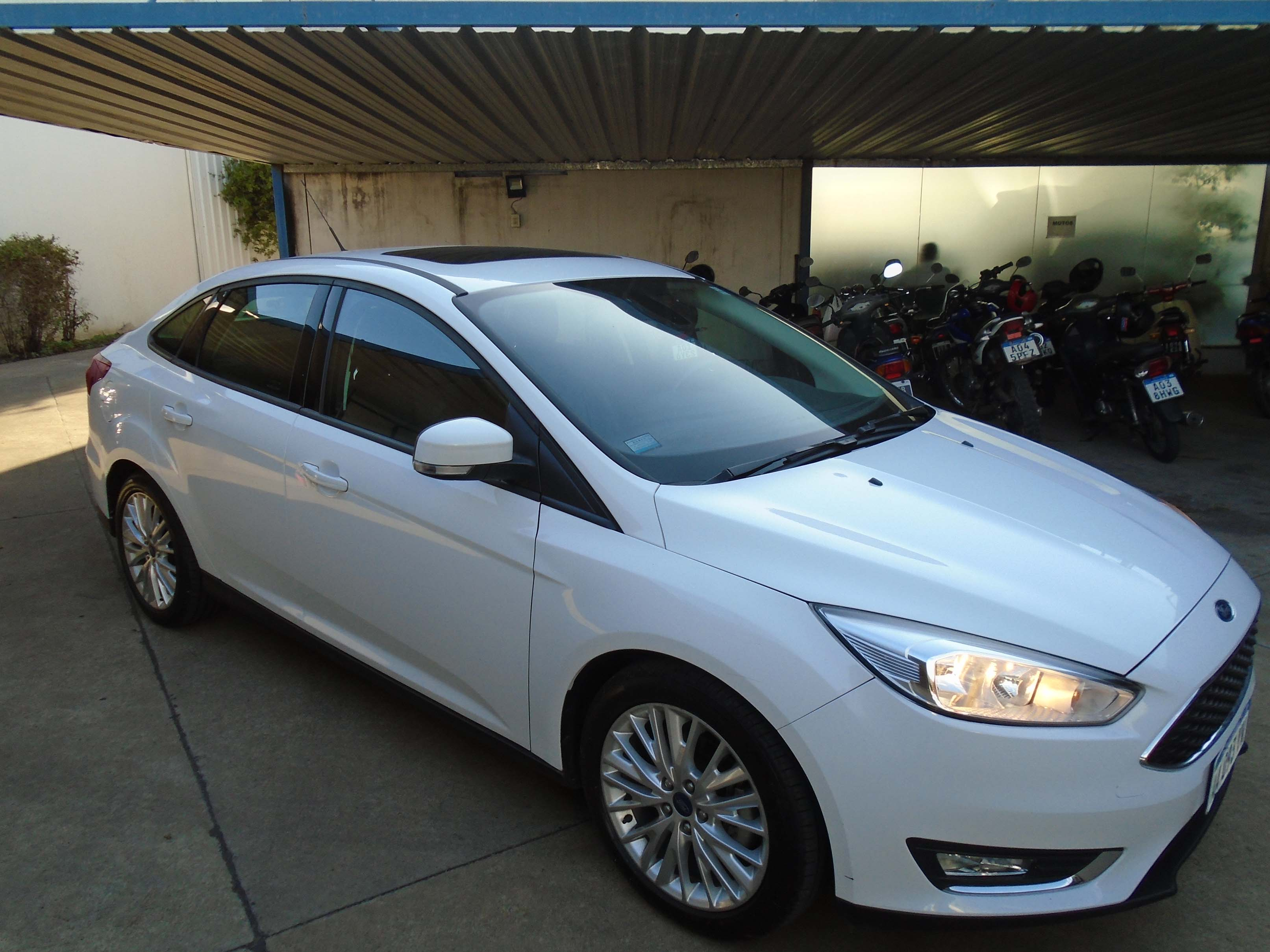 2016 FORD FOCUS SE PLUS 2