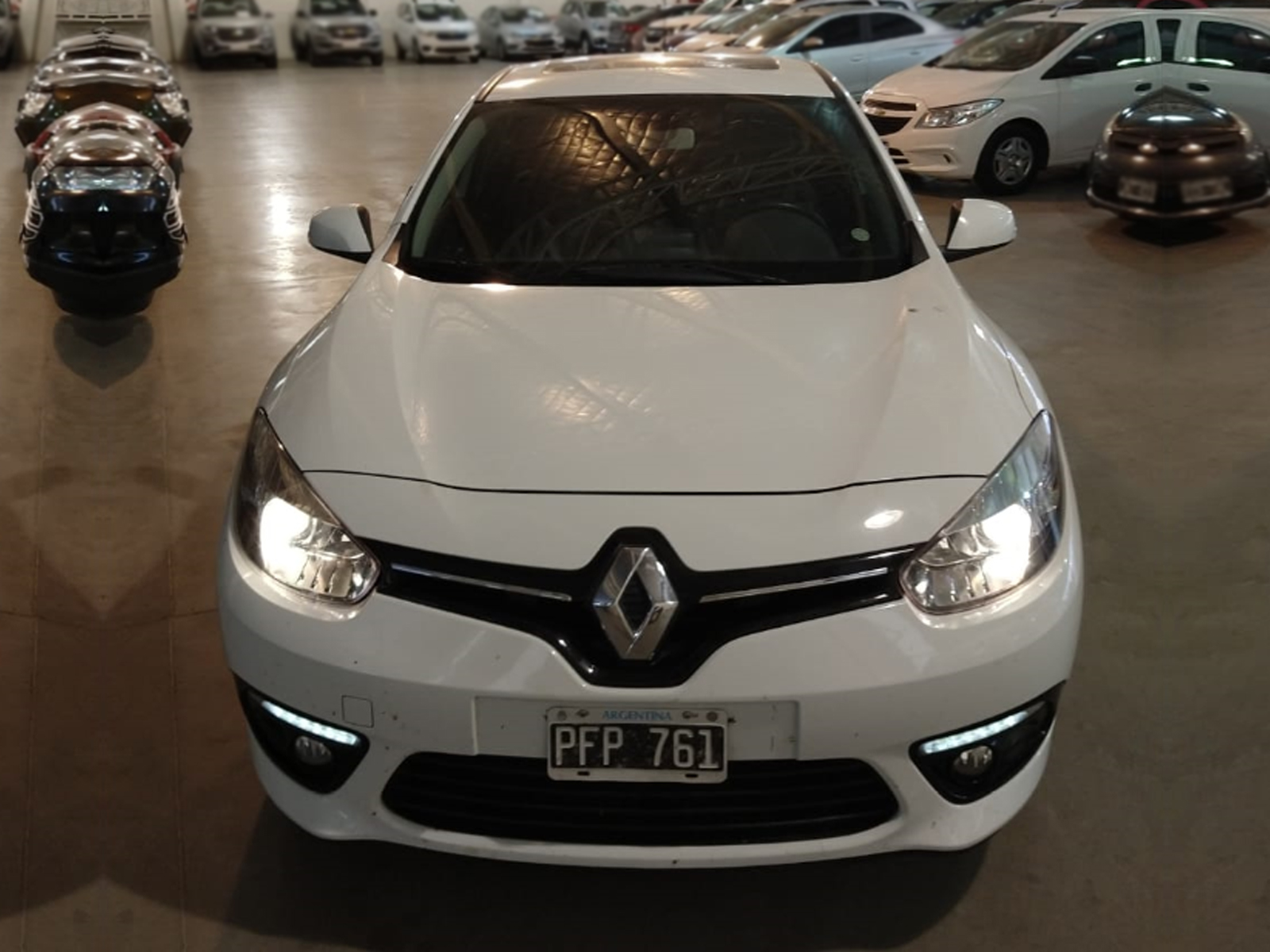 2015 RENAULT FLUENCE LUXE PACK CUERO 2