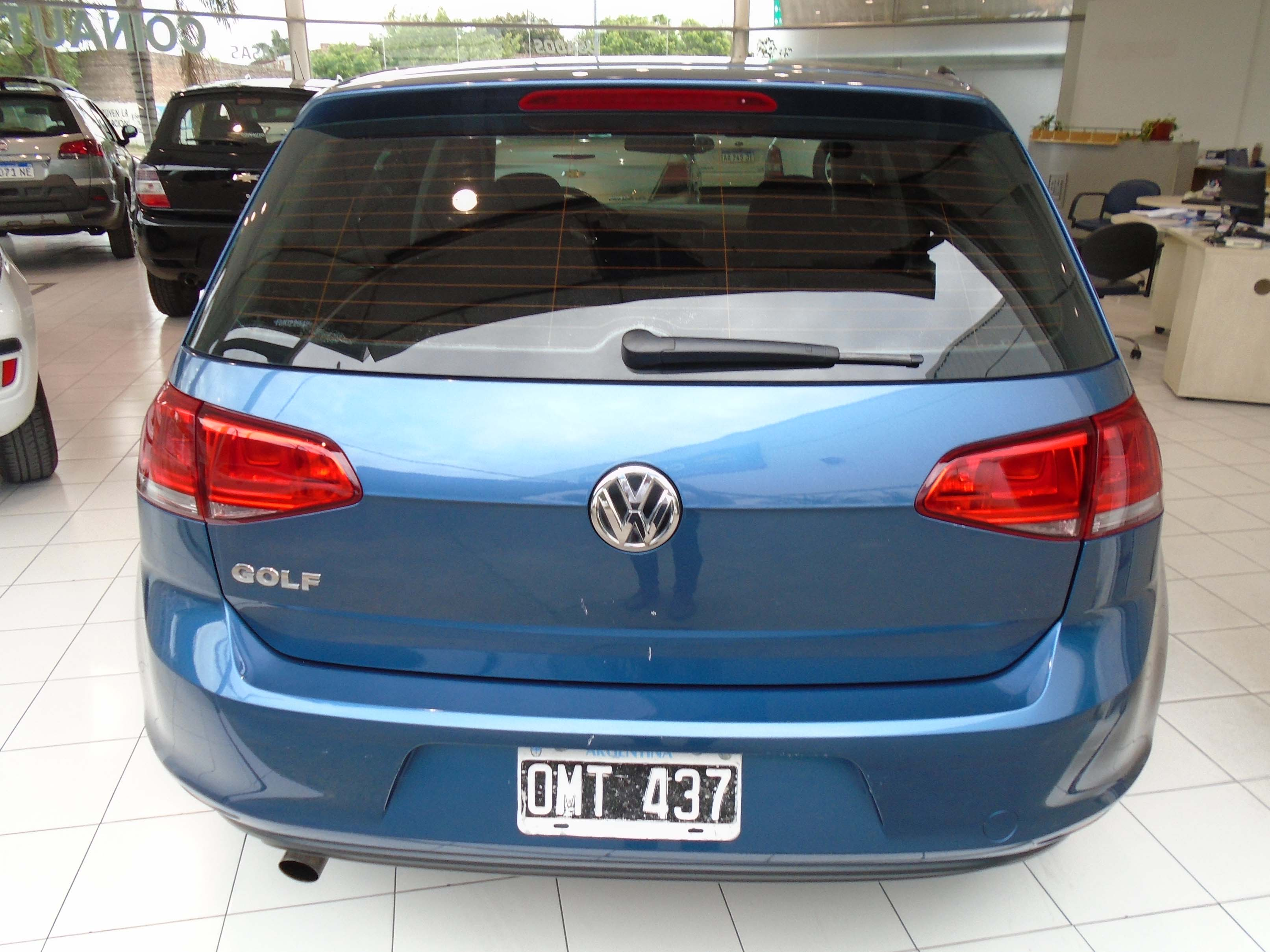 2015 VOLKSWAGEN GOLF 1,6
