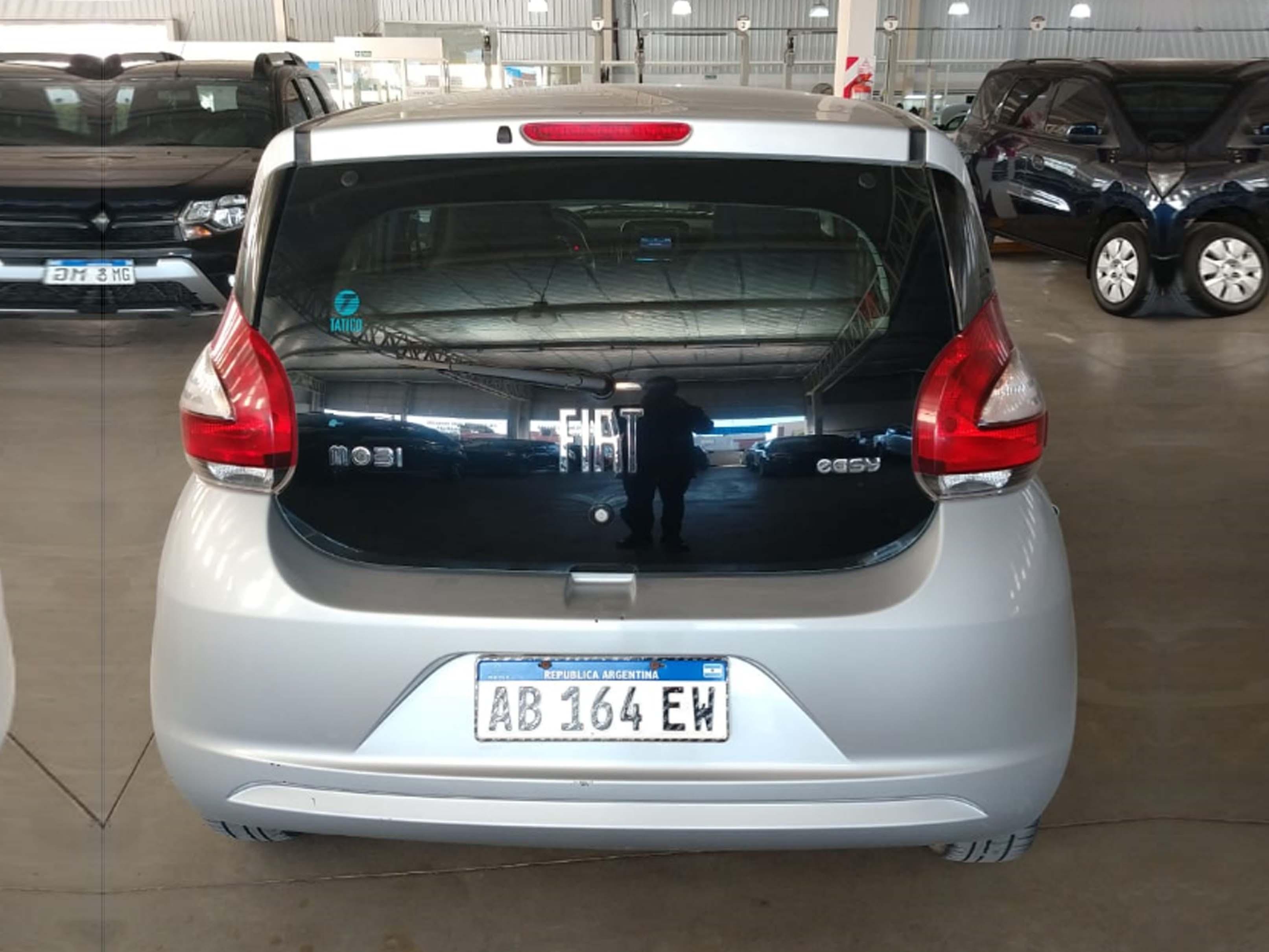 2017 FIAT MOBI EASY 1