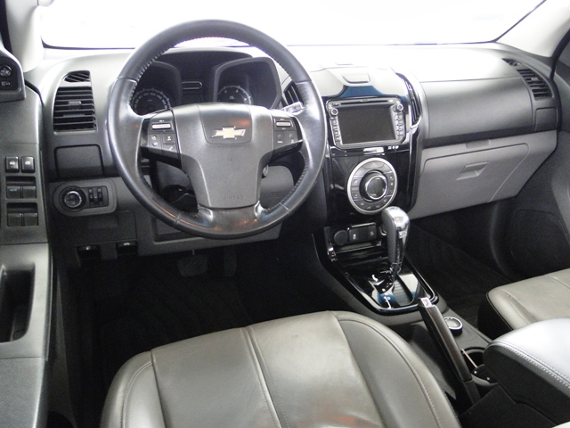 Chevrolet S10 LTZ 2.8 2015