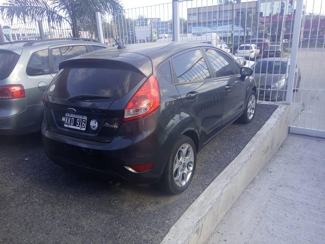 2011 Ford Fiesta KD 5Ptas Titanium 1.6L