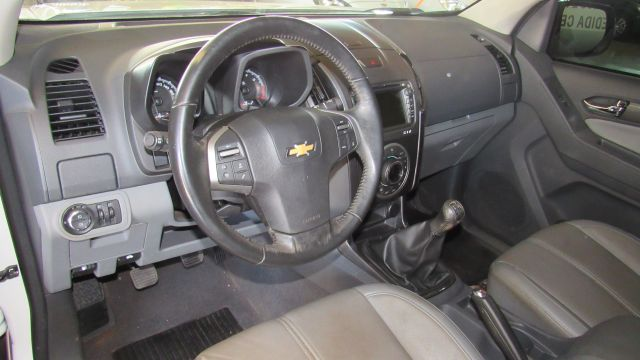 Chevrolet S10 LTZ 2.4 2014