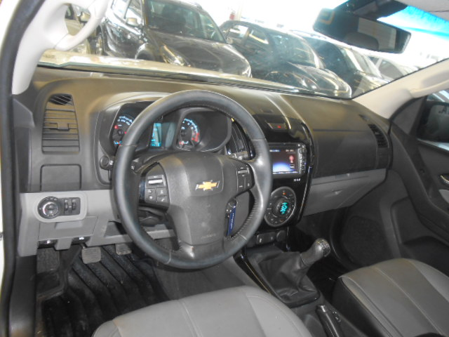 Chevrolet S10 LTZ 2.5 2015