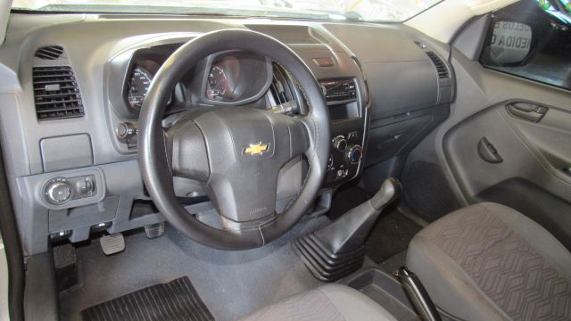 Chevrolet S10 LS 2.4 2014