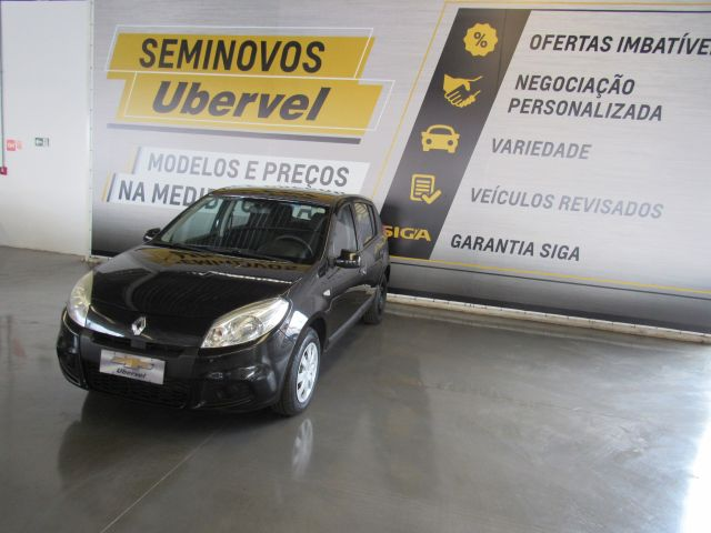 RENAULT SANDERO 1.0 2012