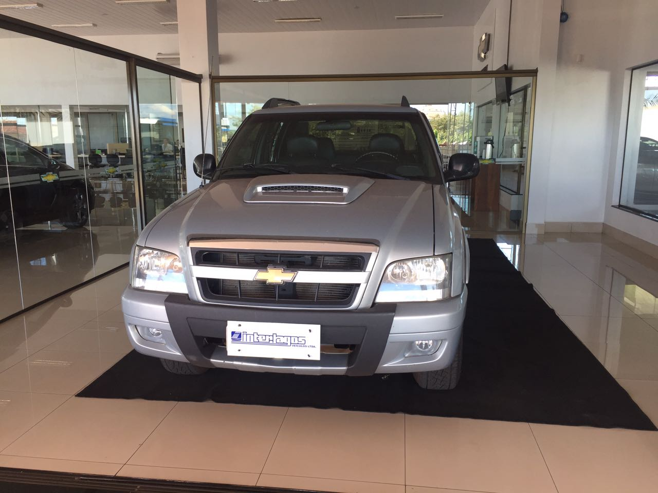 CHEVROLET S10 EXECUTIVE CAB DUPLA 2.4 2011