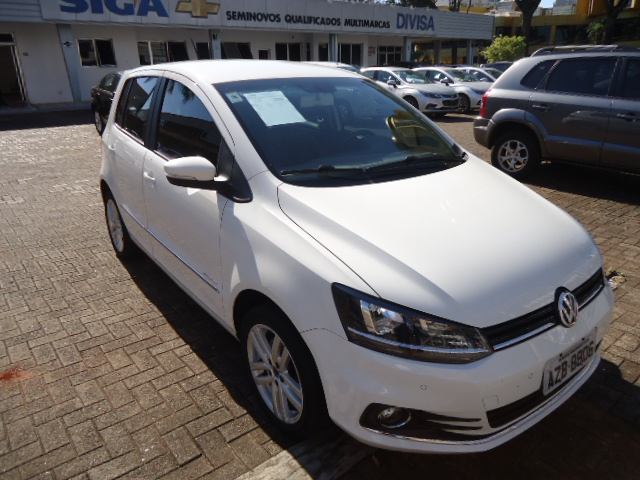VW FOX HIGHLINE 1.6 2015