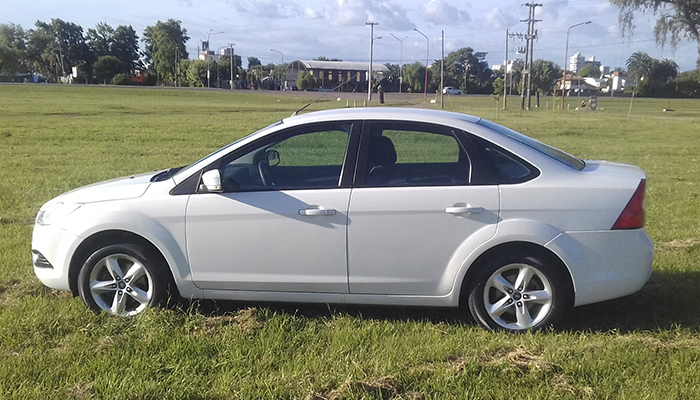 2011 FORD FOCUS TREND EXE 1.6