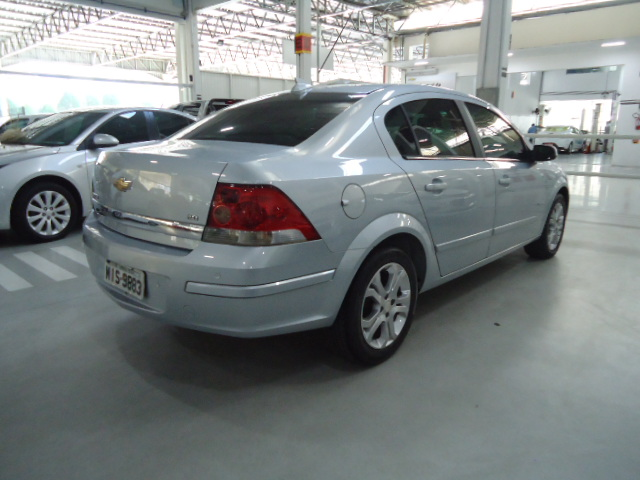 Chevrolet VECTRA SEDAN ELEGANCE 2.0 2011